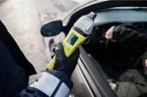 Łódzkie. Policjanci zatrzymali pijanego kierowcę. 25-latek miał prawie 4 promile!