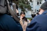 Strajk kobiet w Białymstoku. Dwie nastolatki wezwane na przesłuchanie. Przed komendą miejską odbyła się akcja solidarnościowa [ZDJĘCIA]