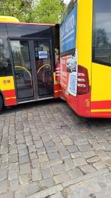 Zderzenie autobusów na Sępolnie. Nie było ofiar