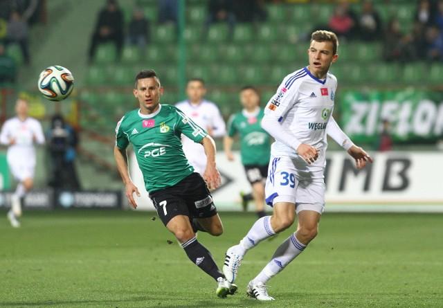 Michał Helik grał w pierwszej drużynie Ruchu Chorzów w latach 2013-2017 Zobacz kolejne zdjęcia. Przesuwaj zdjęcia w prawo - naciśnij strzałkę lub przycisk NASTĘPNE