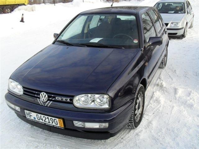 VW Golf, 1997 r., 1,6 GTI, 4x airbag, komputer pokladowy, elektryczne szyby i lusterka, podgrzewane fotele, wspomaganie kierownicy, 8 tys. 300 zl + oplaty