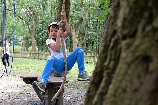 W Parku Linowym w inowrocławskich Solankach odbyły się zawody wspinaczkowe dla dzieci i młodzieży
