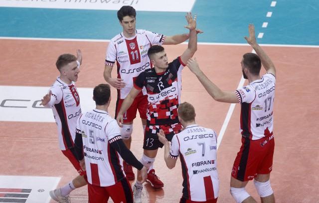 Resoviacy cieszyli się w Szczecinie z piątego z rzędu zwycięstwa 3:0