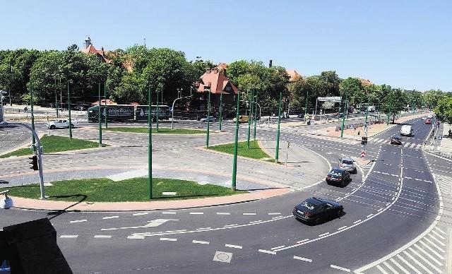 Przez rondo  Nowaka-Jeziorańskiego tramwaje na razie nie pojadą