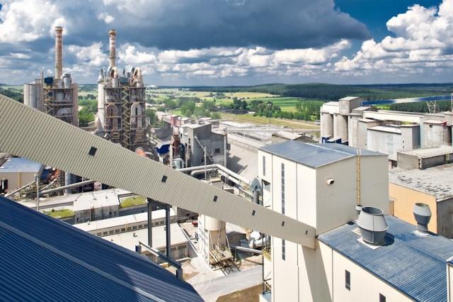 Cementownia Małogoszcz spełnia wszelkie europejskie normy i standardy w tym zakresie bezpieczeństwa dla środowiska.