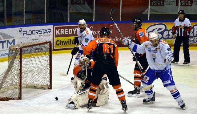 Unia wygrała ważny mecz w Jastrzębiu. Radość jej zawodników była wielka.