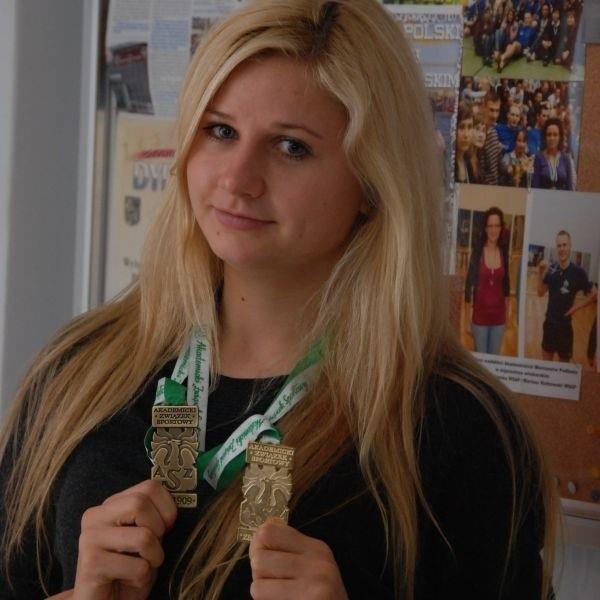 Anna Narel zdobyła złoty medal Akademickich Mistrzostw Polski w grze pojedynczej kobiet w badmintona.