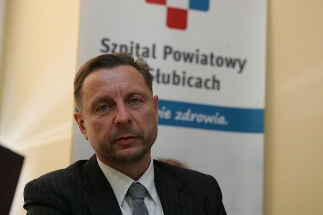 Wojciech Włodarski kierował już słubickim szpitalem. Funkcję prezesa stracił trzy miesiące temu, kiedy starostę został Marcin Jabłoński. Teraz wrócił na zajmowane wcześniej stanowisko.