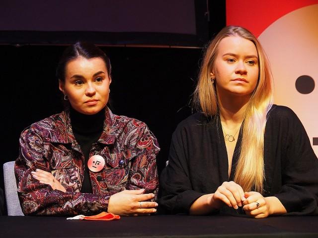 Katarzyna Hołyńska i Karolina Kostoń, które zobaczymy w łódzkich spektaklach podczas Festiwalu Szkół Teatralnych