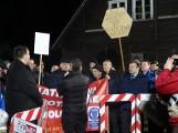 Mieszkańcy protestują przeciwko wiatrakom