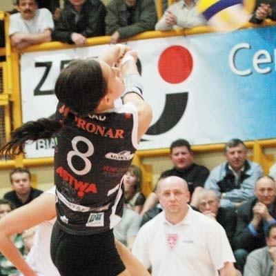 W akcji Magdalena Saad. Dla naszej libero to drugi złoty medal Akademickich Mistrzostw Polski z zespołem z Białegostoku.