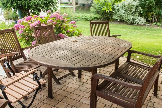Te drewniane meble ogrodowe odmienią Twój ogród! Przejdź do galerii i poznaj aktualne oferty z województwa lubelskiego