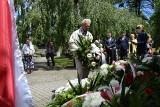 81. rocznica masowej deportacji pierwszych Polaków do obozu KL Auschwitz. Uroczystość na cmentarzu w Kielcach [ZDJĘCIA]