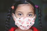 Niebezpieczny zespół pocovidowy u dzieci. Chorych coraz więcej, do Poznania trafiają kolejne przypadki [OBJAWY, LECZENIE, POWIKŁANIA]