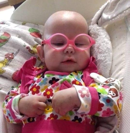 1,5-roczna Michalinka Andruchów z Brzegu została zakwalifikowana do terapii komórkami macierzystymi. Trwa walka z czasem, ponieważ leczenie jest kosztowna, a trzeba je rozpocząć jak najprędzej.