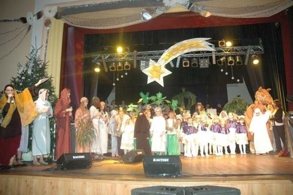"""""""Wieczór Trzech Króli"""" wystawiono w ubiegłym roku w Oleśnie, Gogolinie i Lublińcu."""