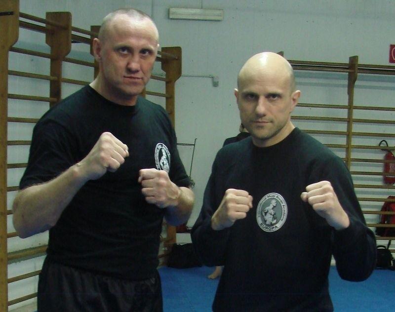 Od lewej Adam Kuba Jakubowski, po prawej Marco de Casaria.