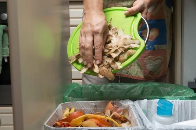 Za brak umowy dotyczącej nieodpłatnego przekazywania produktów spożywczych na rzecz organizacji będzie groziła kara finansowa w wysokości 5 tys. zł.