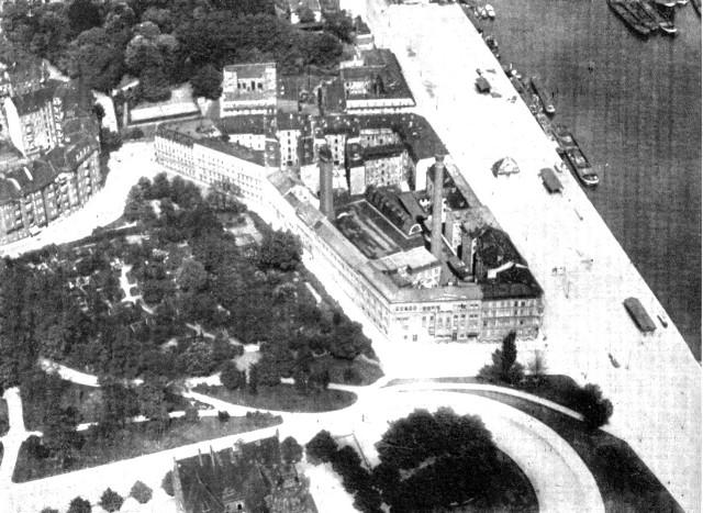 Dziś to budynek biurowy, ale niegdyś przy ulicy Storrady (Französische Strasse) mieściła się elektrownia.