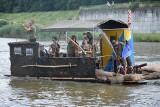 Kędzierzyn-Koźle. Pływająca strzykawka, wóz pancerny i statek piracki dobiły do Koźla. Jak wyglądały Pływadła 2021? [ZDJĘCIA]