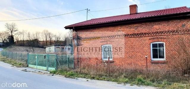 Lokalizacja: Kleszczewo, pow. gdańskiCena: 249 000 złPowierzchnia: 70 m²Liczba pokoi: 3Szczegóły oferty: SPRAWDŹ NA OTODOM.PL.