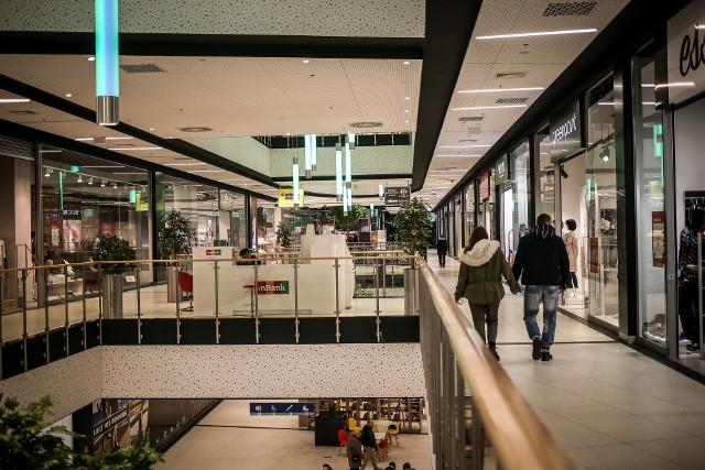 Obcokrajowcy, którzy przyjechali do Polski w 2017 roku jako główny cel wizyty deklarowali zakupy.