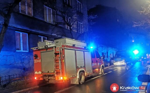 W Krakowie przy ul. Szlak w jednym z mieszkań doszło do zatrucia tlenkiem węgla.