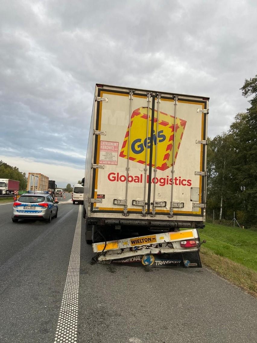 Wypadek na autostradzie A4 na wysokości Niemodlina. Bus...
