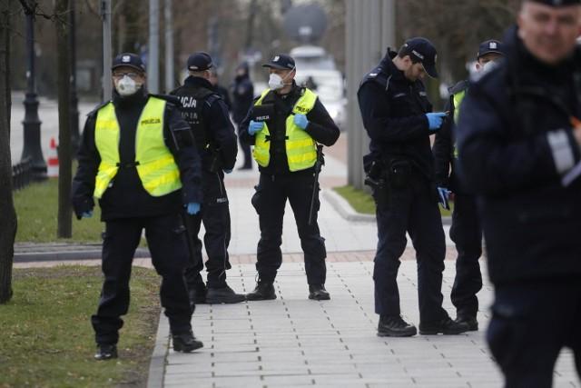 Możemy spodziewać się jeszcze większej liczby policjantów na ulicach naszych miast.