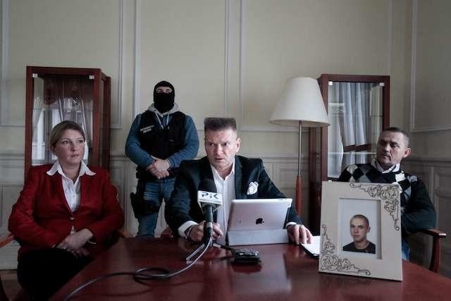 Zaginięcie Patryka Brylakonferencja prasowa w hotelu pod orłem z Krzysztofem Rutkowskim