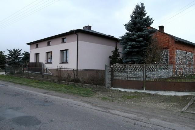 Nie żyje myśliwy. Postrzelił się ze sztucera w głowę we wsi Podolin pod Piotrkowem. Czyścił broń...