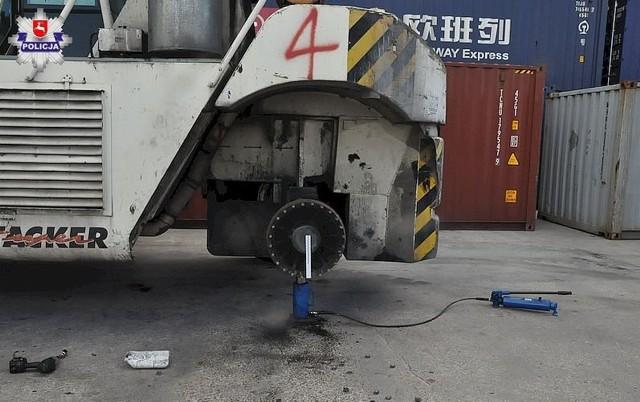 Do dramatycznego wypadku przy pracy doszło w Kobylanach w gm. Terespol w pow. bialskim