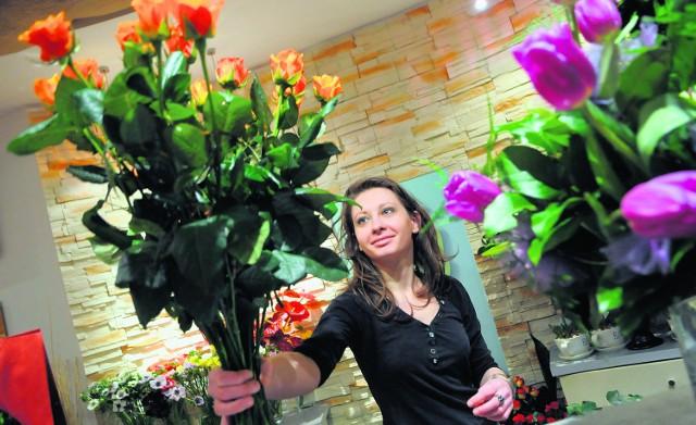 Według badań, najlepszy prezent na Walentynki dla niej to kwiaty