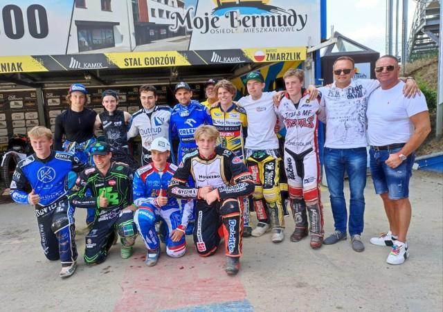 """""""Stalowy Kampus"""" – pod taką nazwą Stal Gorzów zorganizowała międzynarodowe zgrupowanie dla młodych żużlowców, którzy kiedyś być może staną się gwiazdami speedway'a."""