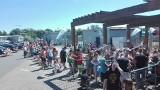 Oblężenie na Bugli w Katowicach. Gigantyczne kolejki do kas na odkryty basen i kąpielisko. Katowiczanie szukali ochłody w ponad 30 st. upale