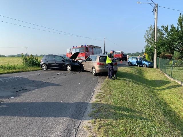 Do wypadku doszło w poniedziałek tuż przed godziną 7.00.