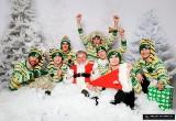 Siedmiu elfów i tajemniczy Święty Mikołaj. Wyjątkowa sesja zdjęciowa żużlowców Falubazu