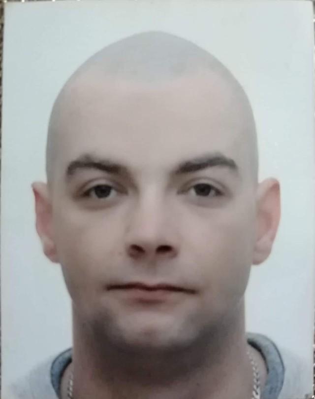 Zaginiony Łukasz Bardziński.