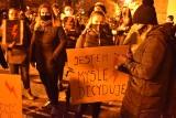 Głośny strajk kobiet w Gubinie. Mieszkańcy licznie brali udział w proteście przeciw ustawie antyaborcyjnej