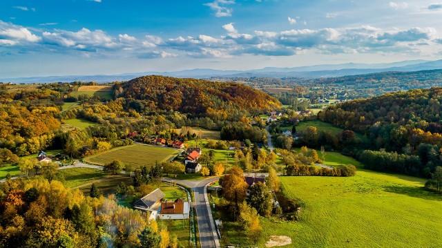 Zalesione wzgórze, czyli Las Winny w Dobranowicach (gmina Wieliczka) stał się użytkiem ekologicznym. Mieszkańcy obawiający się powstania tam kamieniołomu, odetchnęli z ulgą