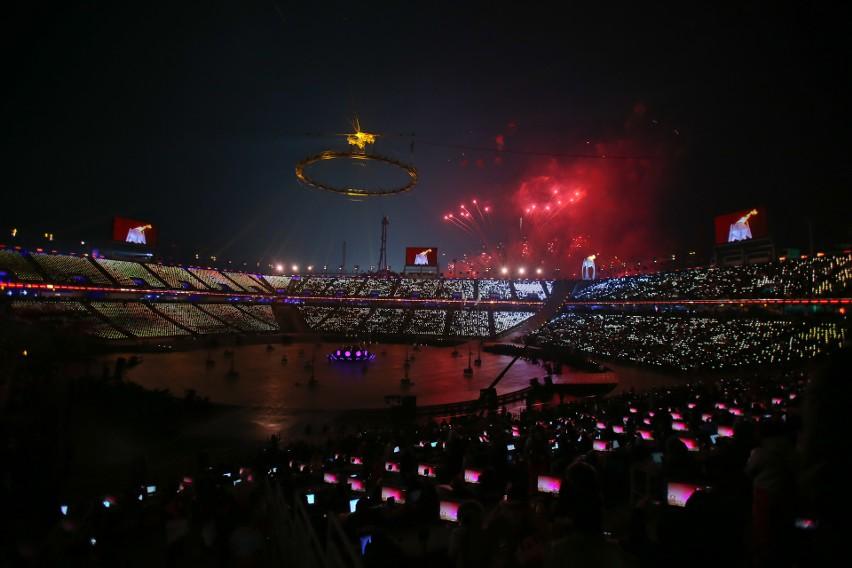Wspólne wejście sportowców z obu Korei było najbardziej...