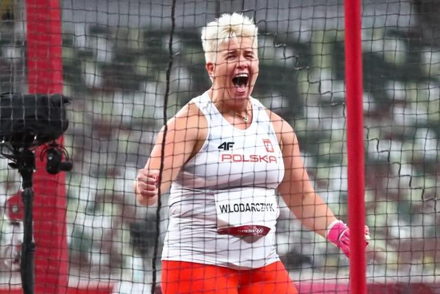 Anita Włodarczyk z trzecim złotem olimpijskim. Malwina Kopron zdobyła brąz
