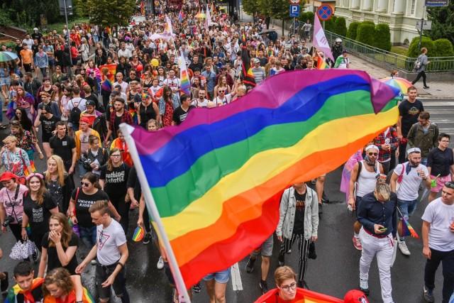 Marsz Równości 2019 w Poznaniu będzie głównym punktem Pride Week, czyli cyklu wydarzeń poświęconych środowisku LGBT+ organizowanym przez stowarzyszenie Grupa Stonewall.