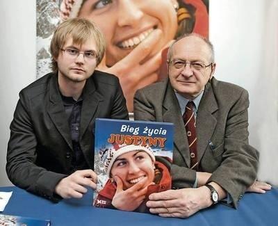 Adam Sosnowski (z lewej) i Andrzej Stanowski prezentują swój album Fot. Wacław Klag