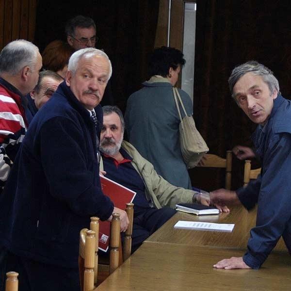 Związkowcy z MPK i MZBM zapowiadają strajk, jeżeli ich postulaty dotyczące podwyżek płac nie zostaną spełnione.