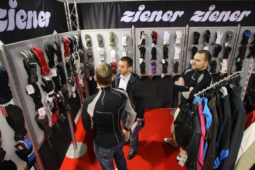 Na wystawie Kielce ZIMA - SPORT w halach Targów Kielce firmy prezentują najnowsze propozycje sprzętu i mody sportowej.