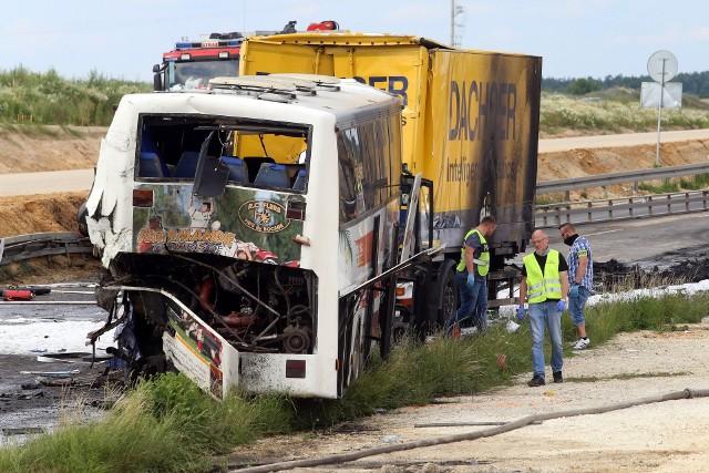 Do wypadku na DK 1 w Bogusławicach doszło 2 lipca 2021 roku Zobacz kolejne zdjęcia. Przesuwaj zdjęcia w prawo - naciśnij strzałkę lub przycisk NASTĘPNE