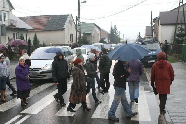 Protestujący zapowiadają, że zablokują ulicę w czwartek i piątek w godzinach szczytu.