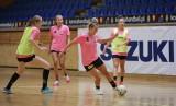 Testy i piłka nożna. Piłkarki ręczne Suzuki Korony Handball już trenują (ZDJĘCIA)