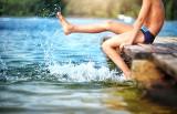 Planujesz wypoczynek nad wodą? Zadbaj o bezpieczeństwo